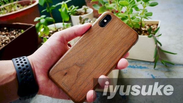 iPhone X WOODWE クルミ材ハードケース