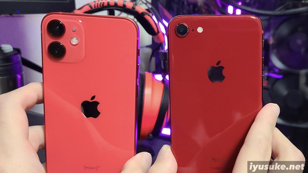 iPhone 12 mini iPhone 8 (PRODUCT)RED 比較